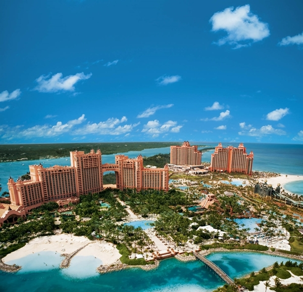 Atlantis Paradise Island Resort Spring Break Deal – 40% Off Nightly Room Rates & 50% Off Meal Plans