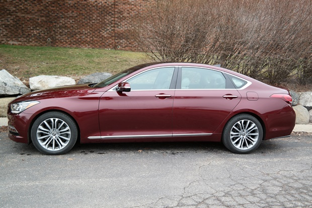 the 2016 hyundai genesis luxury at an affordable price. Black Bedroom Furniture Sets. Home Design Ideas