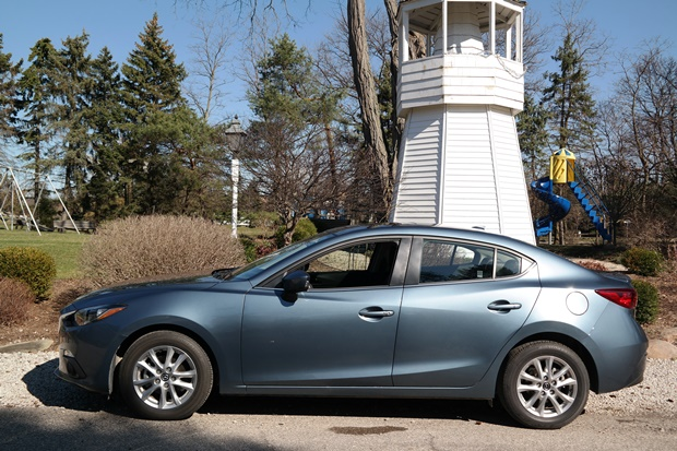 Fun + Fuel Efficient = Mazda3