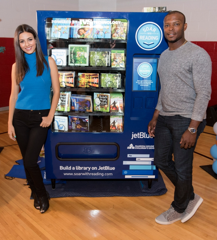Book Vending Machines Victoria Justice and Justin Upton