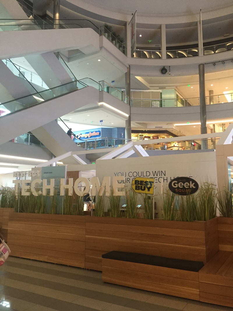 Best Buy Tech Home Outside