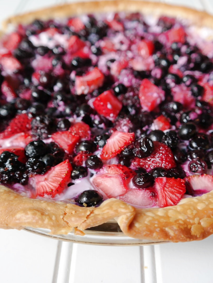 Berries & Cream Pie - Easy