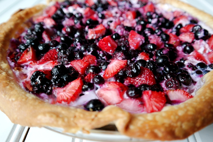 Berries & Cream Pie - Yum