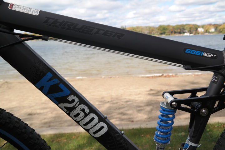 The Best Mountain Bike Under $200 is the Kent Thruster KZ2600