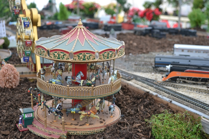 Puritas Nursery Holiday Train Display Carousel