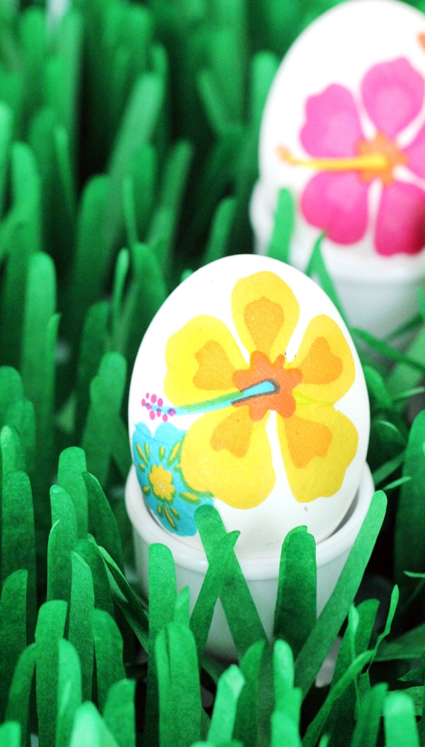 Easter Egg Decorating Ideas - Decoupage