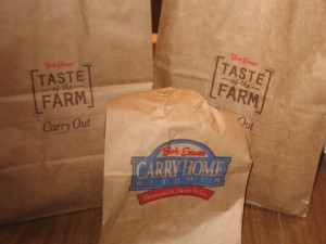 Bob Evans Family Meals To Go – Christmas Dinner's in the Bag!