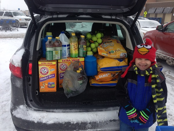 Giving Back to Pet Shelter with Ford C-Max