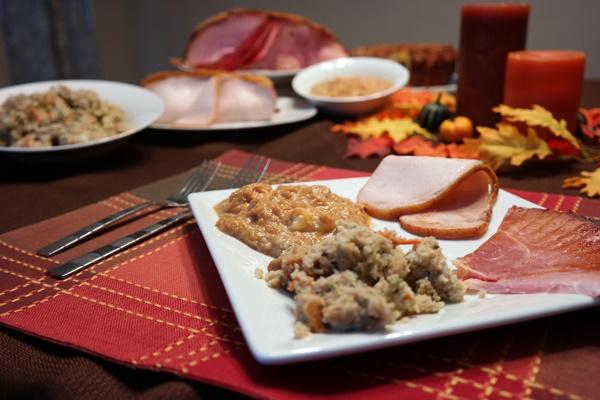 Make Thanksgiving a HoneyBaked Holiday