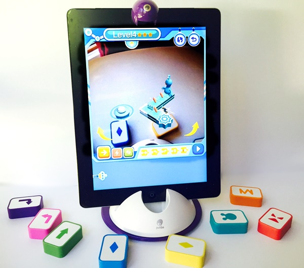A Hands On Way For Kids To Learn To Code: STEM Lab Little Engineer
